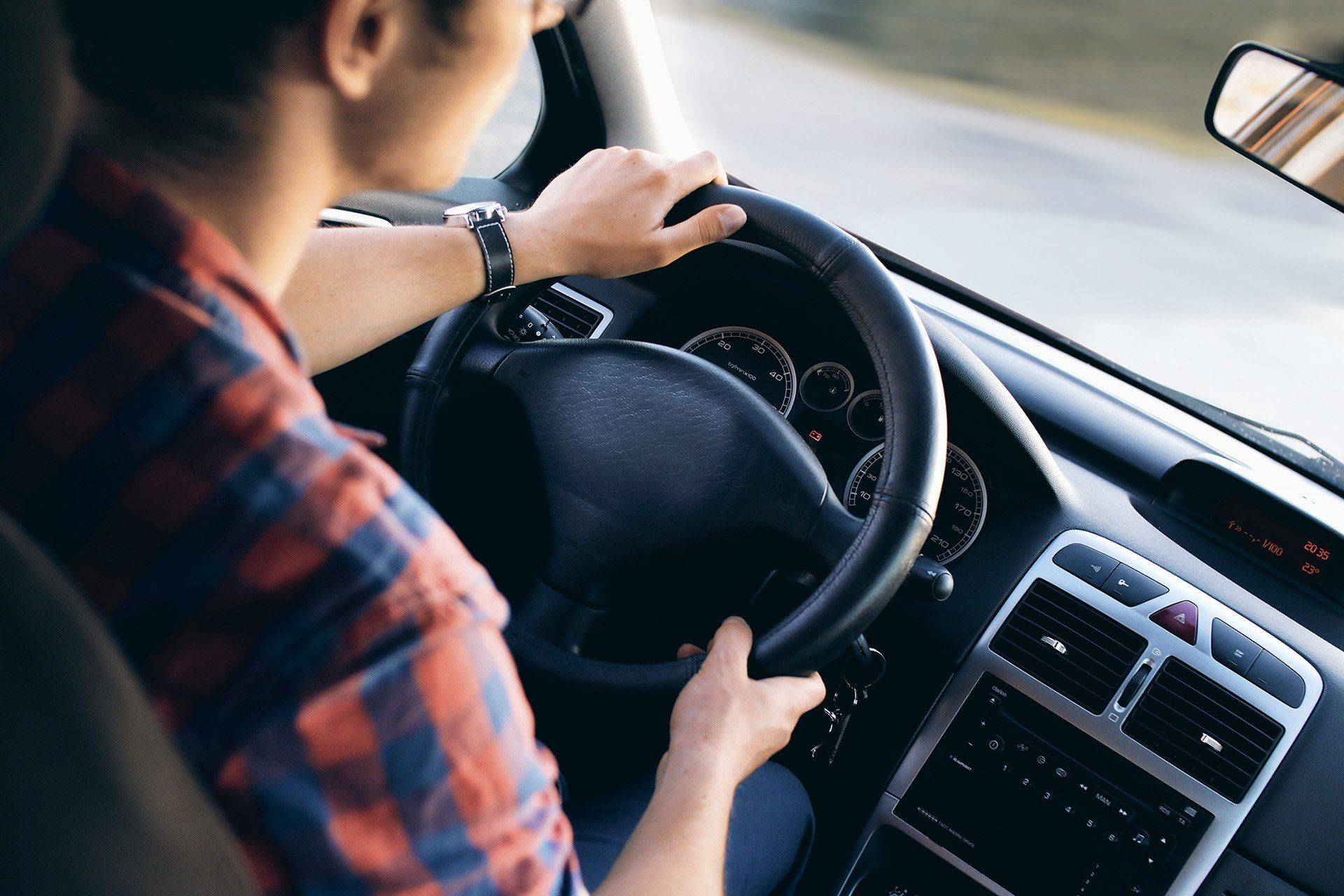 В каких случаях нельзя лишить права вождения ТС