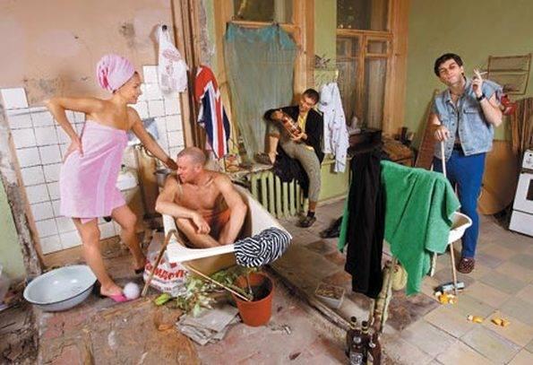 Сдать комнату в коммуналке в аренду: как сделать это правильно и официально, можно ли обойтись без согласия соседей, и образец бумаги, платежи по квартире, правила